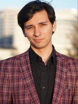 Шарипов Азар Радмирович